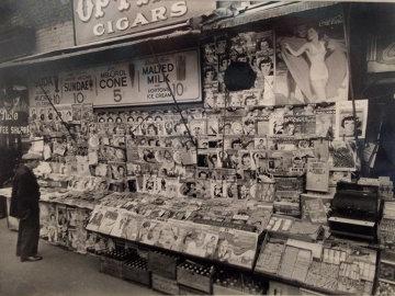 Newsstand East 32nd Street & Third Avenue, Manhattan, November 19, 1935  Photography - Berenice Abbott