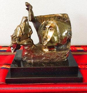 La Paloma Bronze Sculpture 1989 Sculpture by Sunol Alvar