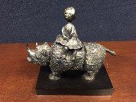 Girl on Rhino Bronze Sculpture Sculpture by Graciela Rodo Boulanger - 1