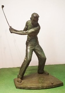Golfer Bronze Sculpture Unique 1955 18 in Sculpture - Joe Brown