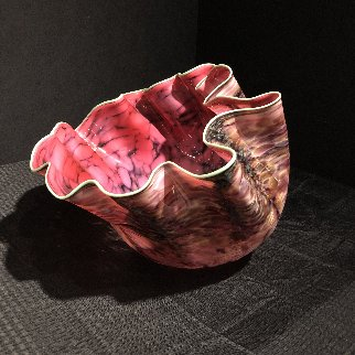 Alizarin Crimson Macchia With Viridian Lip Wrap Glass Sculpture 1983 28 in  Sculpture by Dale Chihuly