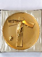 Easter Christ 24kt Gold on Silver Plate 1972 9 in Sculpture by Salvador Dali - 1