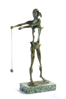 Hommage a Newton Bronze Sculpture 1975 15 in Sculpture - Salvador Dali