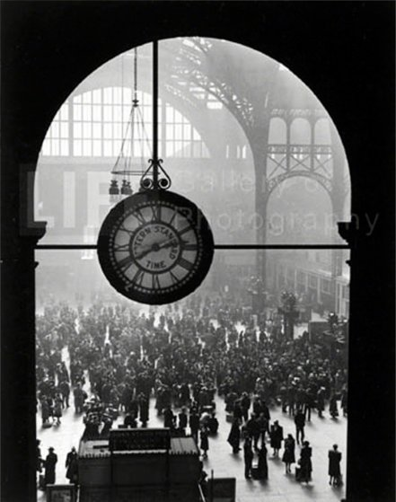Farewell to Servicemen, Pennsylvania Station, NYC, 1943 Limited Edition Print by Alfred Eisenstaedt