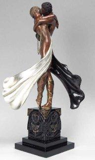 Lovers And Idols Bronze Sculpture 1990 Sculpture -  Erte