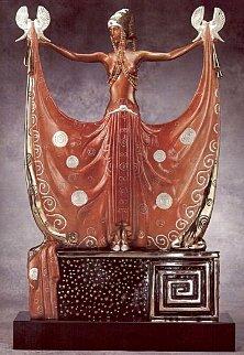 Venus Bronze Sculpture AP 1987 23.75 in Sculpture -  Erte
