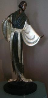 Belle De Nuit Bronze Sculpture 1987 Sculpture -  Erte