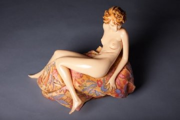Awakening Beauty Resin Sculpture 1987 Sculpture - Frank Gallo