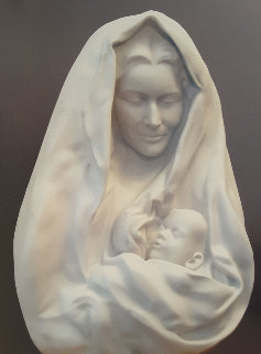Mother And Child Carved Carrara Marble Sculpture 1998 Sculpture - Frederick Hart