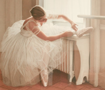 Ballerina 1995 Limited Edition Print - Douglas Hofmann