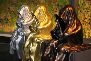 Mini Time Guardians, Mini Watchter Bronze Sculpture Sculpture by Manfred Kielnhofer