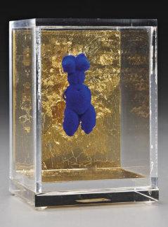 Petite Venus Bleue Bronze Sculpture 1956 Sculpture - Yves Klein