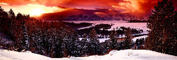 Mountain Glow Panorama - Peter Lik