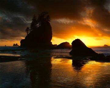 Second Beach Sunset AP 1/50 Panorama by Rodney Lough, Jr.