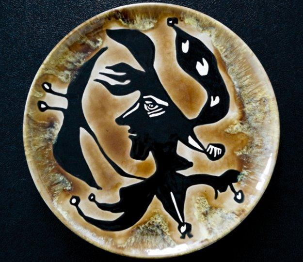Grand Tete  Ceramic Plate 1950 15 in Sculpture by Jean Lurcat
