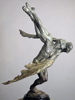 Doves, 1/2 Life Size Bronze Sculpture Sculpture - Richard MacDonald