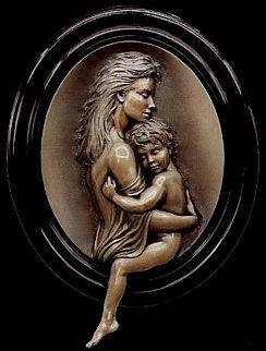 Cherish Bonded Bronze Sculpture 2001 Sculpture - Bill Mack