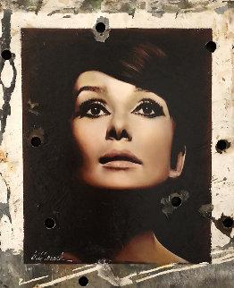 Sophisticate Beauty, Audrey Hepburn Hollywood Sign 2008 30x24 Original Painting - Bill Mack