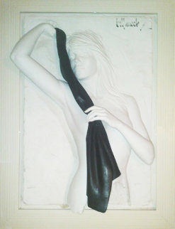 Dazzle with Black Scarf Sand Sculpture 44x33 Sculpture - Bill Mack