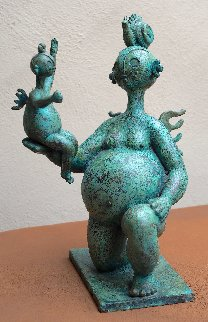 Gordita Con Nina Bronze Sculpture 1995 19 in Sculpture by Hector Najera