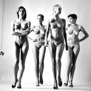 Sie Kommen, Paris, 1981 (Nude) Photography - Helmut Newton