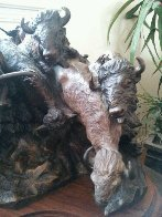 A Priceless Robe Bronze Sculpture 1990 23 in Sculpture by Ken Payne - 6
