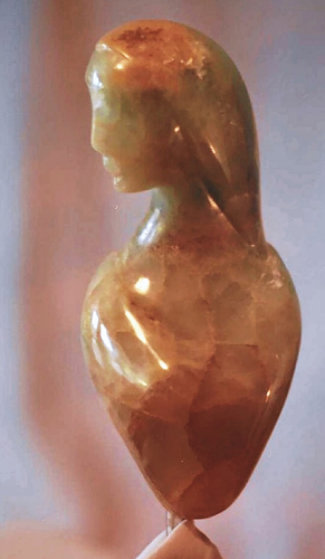 Diva Green Onyx Sculpture Unique 10 in Sculpture by Anthony Quinn