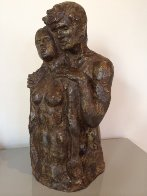 Los Amantes (The Lovers) Bronze Sculpture 1977 13 in Sculpture by Victor Salmones - 0