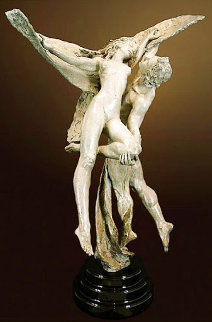 Prelude of the Kiss Bronze Sculpture 2002 3o in Sculpture - Nguyen Tuan