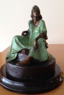 Untitled Bronze Sculpture  Sculpture - Victor Gutierrez