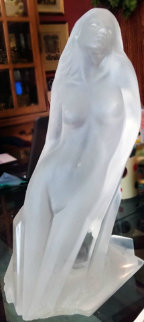 Chrysalis Acrylic Sculpture 1987 Sculpture - Michael Wilkinson
