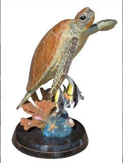 Sea Turtle Flight Bronze Sculpture AP 2002 20 in Sculpture - Robert Wyland