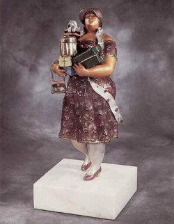 Shopper  Bronze Sculpture 1993 Sculpture - Hiro Yamagata